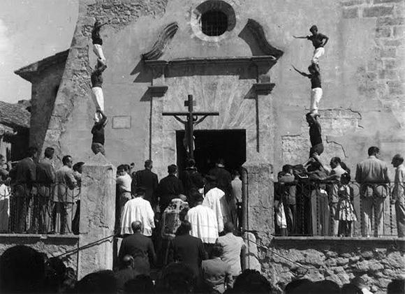 Primera actuació Castellers de Vilafranca